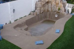Revestimientos de piscinas en arenas coloreadas fachadas for Cuanto cuesta una piscina de obra